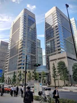 プライム・ストラテジー本社は大手町の中心です。